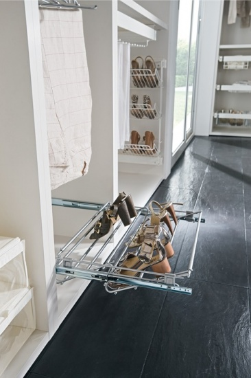 Pull-out Shoe Rack & Width Adjustable 564-1000 mm