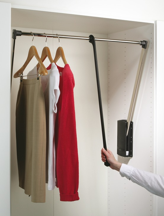 Hafele Servetto Pull Out Wardrobe Rail 10kg